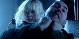'Điệp viên lưỡng tính' Charlize Theron bốc lửa và 'chết chóc' trong phim mới