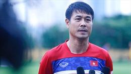 SEA Games 29: HLV Hữu Thắng bất bình về việc báo chí 'rò rỉ' danh tính cầu thủ bị loại