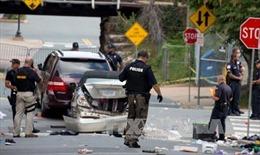 FBI điều tra vụ xe ô tô đâm thẳng vào đám đông tuần hành tại Virginia