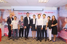 Prudential tổ chức Lễ Quay số tìm ra chủ nhân các giải thưởng chương trình khuyến mại 'Quà tặng đồng hành'