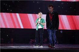 """The Voice Kids tập 5: Huỳnh Gia Phú hát hit triệu view 'Đi để trở về"""" của Soobin Hoàng Sơn"""