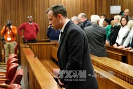 Vận động viên không chân Oscar Pistorius có thể bị tăng án tù