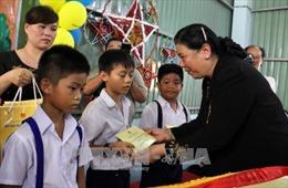 Vui Trung thu cùng trẻ em có hoàn cảnh khó khăn tỉnh Bến Tre