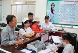 Tăng viện phí tại bệnh viện công: Nhiều người dân chưa biết mức giá mới