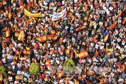 EU rơi vào thế bí do cuộc khủng hoảng Catalonia