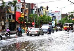 Áp thấp nhiệt đới suy yếu, nguy cơ cao lũ quét và sạt lở đất