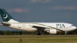 Máy bay dân dụng Pakistan gặp sự cố buộc phải hạ cánh khẩn cấp
