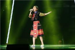 Vòng loại The Voice Kids 2017: 'Thần đồng' Như Ngọc trưởng thành với 'Bài ca trên núi'