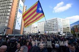 Các thị trưởng Catalonia biểu tình tại Brussels