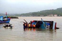 Tìm kiếm nạn nhân mất tích vụ chìm tàu tại khu vực đảo Trần Nhạn