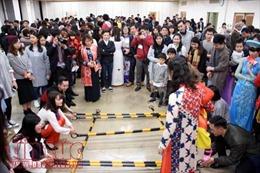 Cộng đồng người Việt tại nhiều nước đón Xuân Mậu Tuất đúng ngày thành lập Đảng