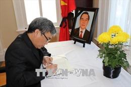 Tổ chức trọng thể lễ viếng nguyên Thủ tướng Phan Văn Khải tại nhiều quốc gia