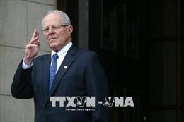 Peru cấm Tổng thống vừa xin từ chức Kuczynski ra nước ngoài