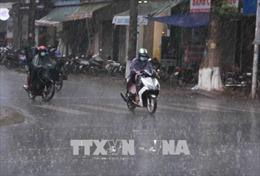 Bắc Bộ tiếp tục mưa dông rải rác, đề phòng gió giật mạnh