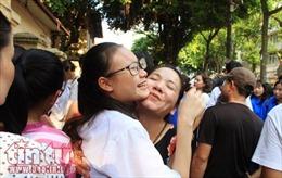 Công bố điểm chuẩn vào lớp 10 các trường THPT công lập tại Hà Nội: Giảm so với năm ngoái
