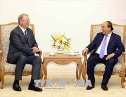 Thủ tướng Nguyễn Xuân Phúc tiếp cựu Phó Tổng thống Hoa KỳAl Gore