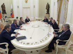 Tổng thống Putin gặp mặt trực tiếp 7 đối thủ sau chiến thắng thuyết phục