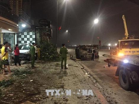 Quảng Ninh: Xảy ra hai vụ va chạm ô tô liên hoàn