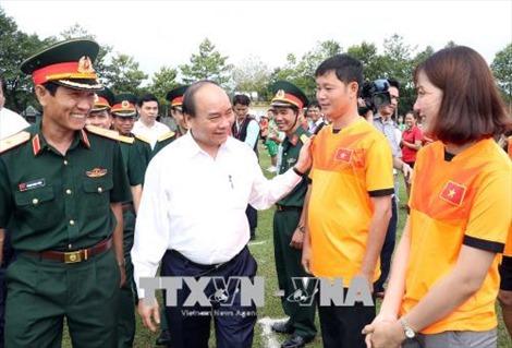Thủ tướng Nguyễn Xuân Phúc thăm Binh đoàn 16 tại Bình Phước