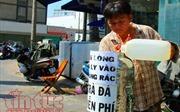 'Trà đá miễn phí' dịu mát lòng người Sài Gòn dưới cái nóng 38 độ C