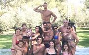 Cristiano Ronaldo khoe ngập ảnh đại gia đình, cặp sinh đôi và bạn gái có tin đồn mang bầu