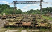 Ukraine - từ siêu cường sản xuất thành nhà kho chứa xe tăng lạc hậu