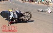 Lâm Đồng: Xe máy bị cuốn vào gầm ô tô trên cao tốc, một người tử vong