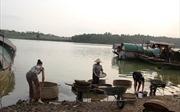 Làng hến bên bờ sông La