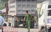 Người đàn ông tử vong vì va chạm với xe tải