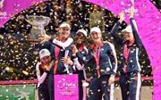 Sau 17 năm Mỹ mới lại vô địch Fed Cup