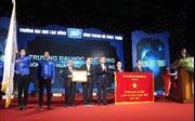 Đại học Lạc Hồng đón nhận Huân chương Lao động hạng Nhất