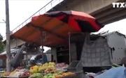 Nguy cơ từ chợ máy cơ khí dưới gầm cầu Thăng Long