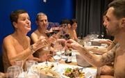 Mục sở thị nhà hàng khỏa thân đầu tiên ở Pháp