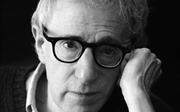 Đạo diễn Woody Allen bị nhiều diễn viên tố 'không đứng đắn'