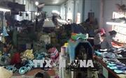 Bắt quả tang cơ sở sản xuất hơn 2.000 đôi giày nghi giả thương hiệu nổi tiếng