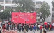 Hàng trăm người xếp hàng hiến máu tại Ngày hội Chủ nhật đỏ