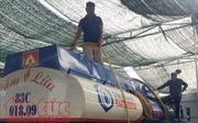 Bắt 6 đối tượng 'rút ruột' hàng ngàn lít xăng dầu từ xe bồn