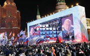 Nước Nga ngập sắc cờ hoa mừng chiến thắng của Tổng thống Putin