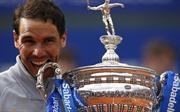 Nadal lại vô địch giải đấu lớn trên sân đất nện, chú Toni sẵn sàng đi huấn luyện Djokovic