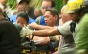 Khoảnh khắc tìm thấy nạn nhân sống sót trong vụ rơi máy bay Cuba