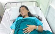 Thai 5 tháng tuổi 'lạc' trong ổ bụng, nhau thai 'ăn' vào thành ruột