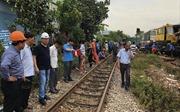 300 công nhân khẩn trương khắc phục vụ tai nạn để sớm thông tàu tại Quảng Nam