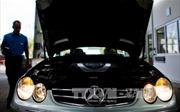 Đức yêu cầu Daimler làm rõ về nghi vấn gian lận khí thải