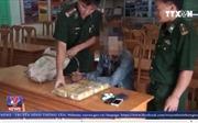 Cõng bao tải đựng 48.000 viên ma túy tổng hợp vượt biên giới Việt - Lào