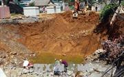 Lai Châu: Người dân sống cạnh hố cát-tơ muốn sớm được di dời đến nơi an toàn
